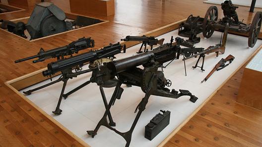 Een van de voorbeelden voor het nieuwe museum is dat over de Eerste Wereldoorlog in het Noordfranse Péronne, waar de Slag aan de Somme is uitgevochten.